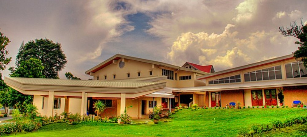 St james tagaytay a retreat house you can call your home for Retreat house